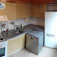 4 izbový byt, Nové Zámky, 81 m², Pôvodný stav