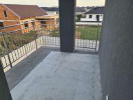 REALFINANC - 100% aktuálny !!! 3 izbový byt o výmere 72,72 m2 + 8,25 balkón, podiel na pozemku a vlastné parkovacie miesto, Novostavba Galanta !!!