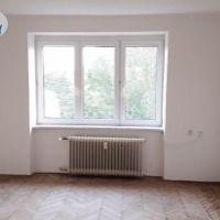 2 izbový byt, Komárno, 59 m², Čiastočná rekonštrukcia