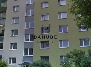 Predaj slnečný 2-izbový byt Studenohorská ulici v Bratislava-Lamač.