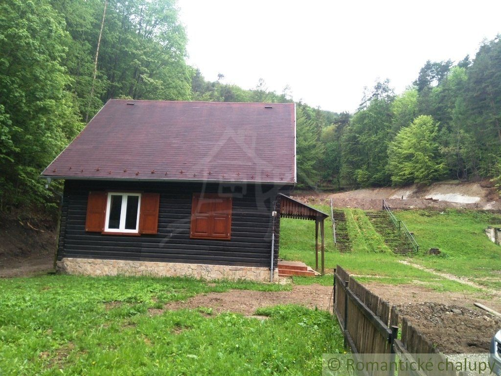 Chata v Lipovciach s pozemkom 842 m2. Nová cena!