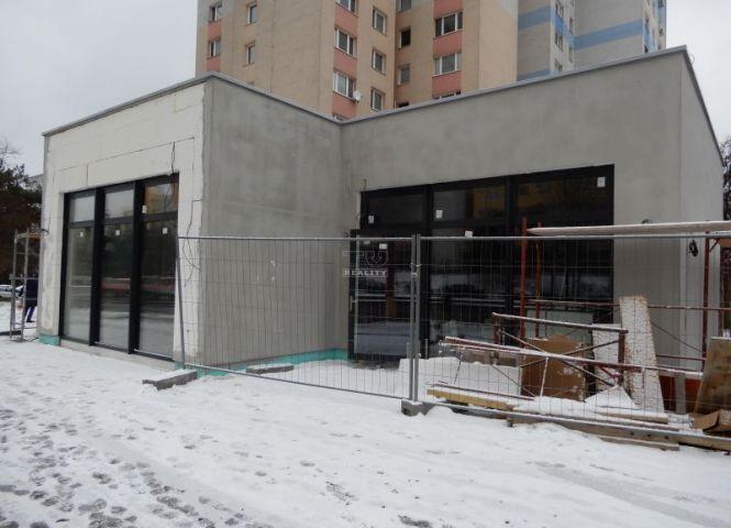 obchodné - Bratislava-Dúbravka - Fotografia 1