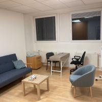 Kancelárie, Bratislava-Dúbravka, 60 m², Kompletná rekonštrukcia
