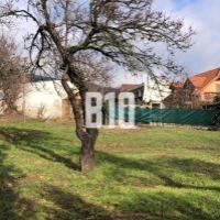 Pre rodinné domy, Nitra, 523 m²