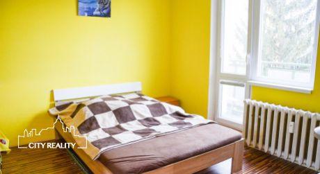 Ponúkame Vám na predaj 3 izbový byt, 65 m2, ul. Partizánska, Handlová