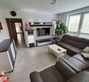 4 izb. byt s bakónom, garážové státie, novostavba, ul. Kazanská