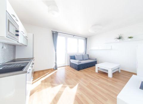 PREDANÝ - Na predaj výnimočný 1 izbový byt v pekným balkónom v projekte RINZLE v Rači
