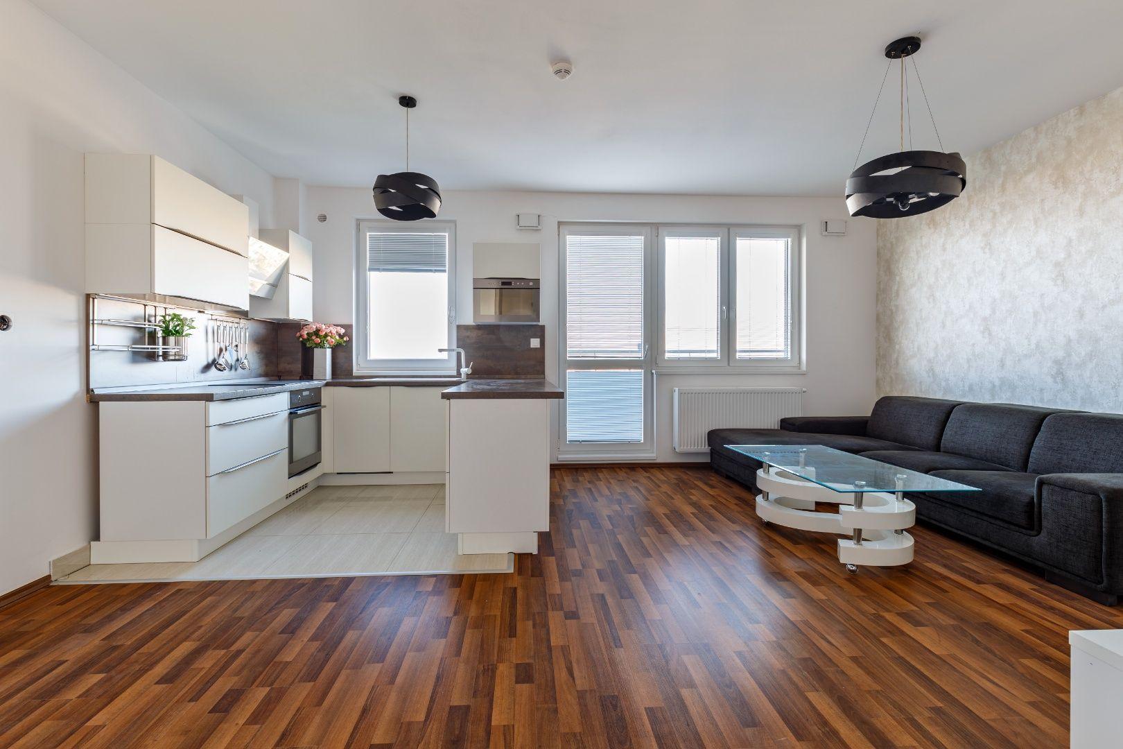 4-izbový byt-Predaj-Bratislava - mestská časť Ružinov-295 000 €
