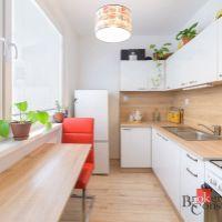 1 izbový byt, Bratislava-Dúbravka, 35.70 m², Čiastočná rekonštrukcia