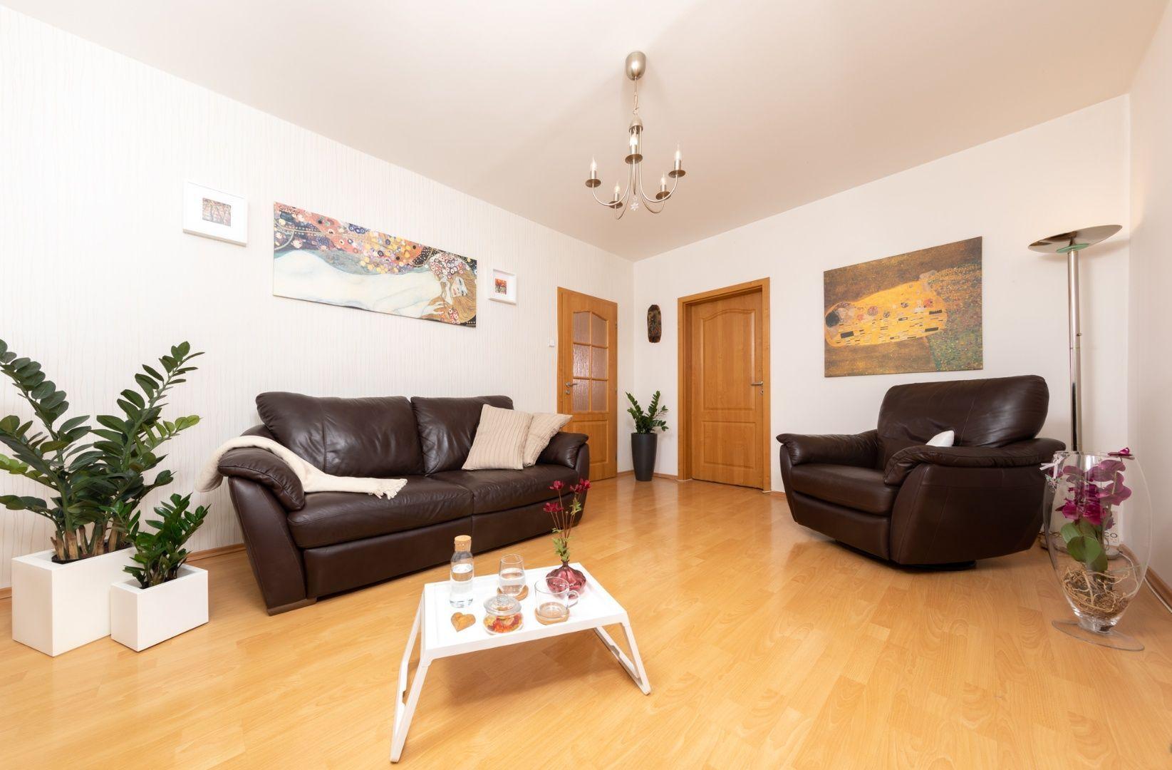 4-izbový byt-Predaj-Bratislava - m. č. Podunajské Biskupice-149 900 €