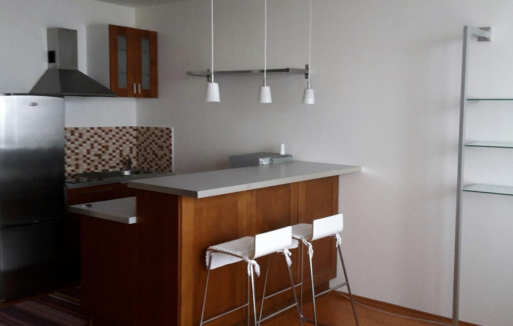 1-izbový byt-Prenájom-Bratislava - mestská časť Ružinov-400 €