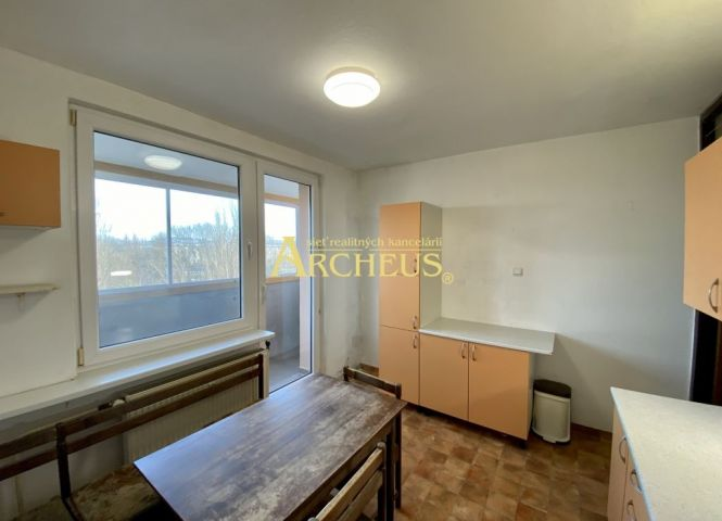 2 izbový byt - Senica - Fotografia 1