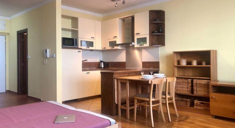 1-izbový byt v Koloseu na Tomášikovej ulici pri Kuchajde