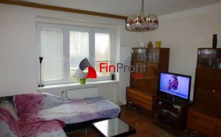 Na predaj 2,5i tehlový byt s dvomi pivnicami, v prostredí plnom zelene na Hubeného ul.