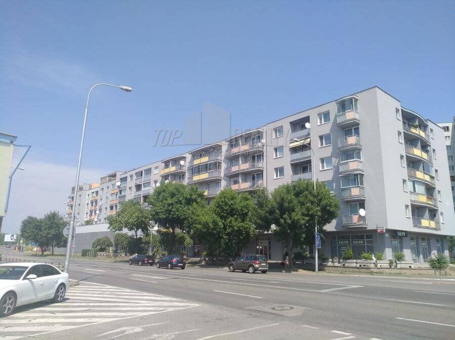 Garzónka-Predaj-Bratislava - mestská časť Petržalka-139900.00 €