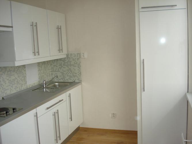1-izbový byt-Predaj-Bratislava - mestská časť Petržalka-115000.00 €