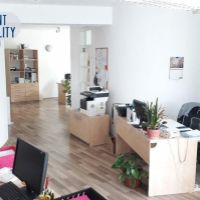 Administratívna budova, Komárno, 152 m², Kompletná rekonštrukcia