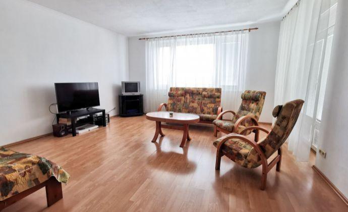 Priestranný 3 izbový byt s terasou na Stromovej ul., parkovacie státie v garáži, BAIII- Kramáre, bez provízie! 3D prehliadka