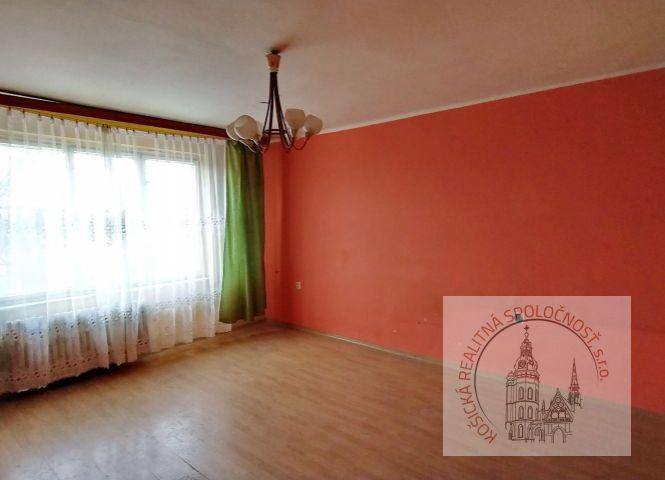 1 izbový byt - Košice-Sever - Fotografia 1