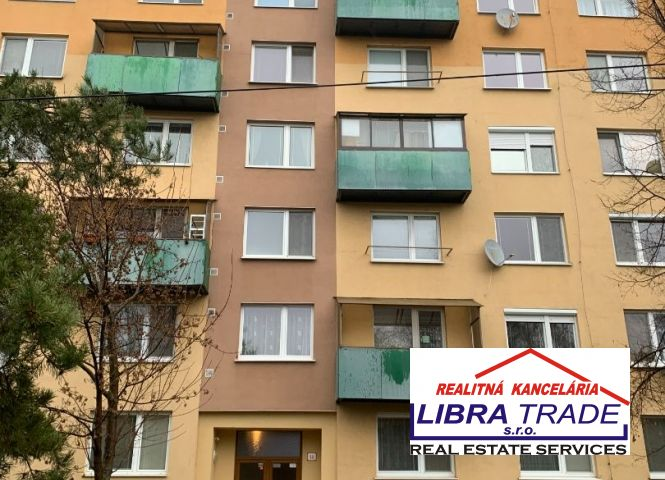 2 izbový byt - Šurany - Fotografia 1