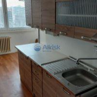 2 izbový byt, Galanta, 56 m², Čiastočná rekonštrukcia