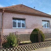 Rodinný dom, Pezinok, 258 m², Pôvodný stav