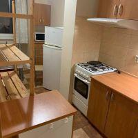 3 izbový byt, Bratislava-Petržalka, 78 m², Čiastočná rekonštrukcia