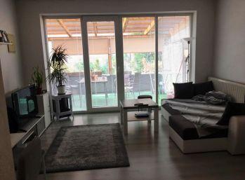 PRENÁJOM - 2 - izbový byt s BALKÓNOM v centre mesta