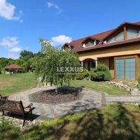 Rodinný dom, Santovka, 530 m², Novostavba