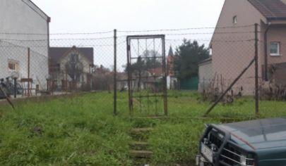 Na predaj pozemok Chorvátsky Grob, Hoštáky.