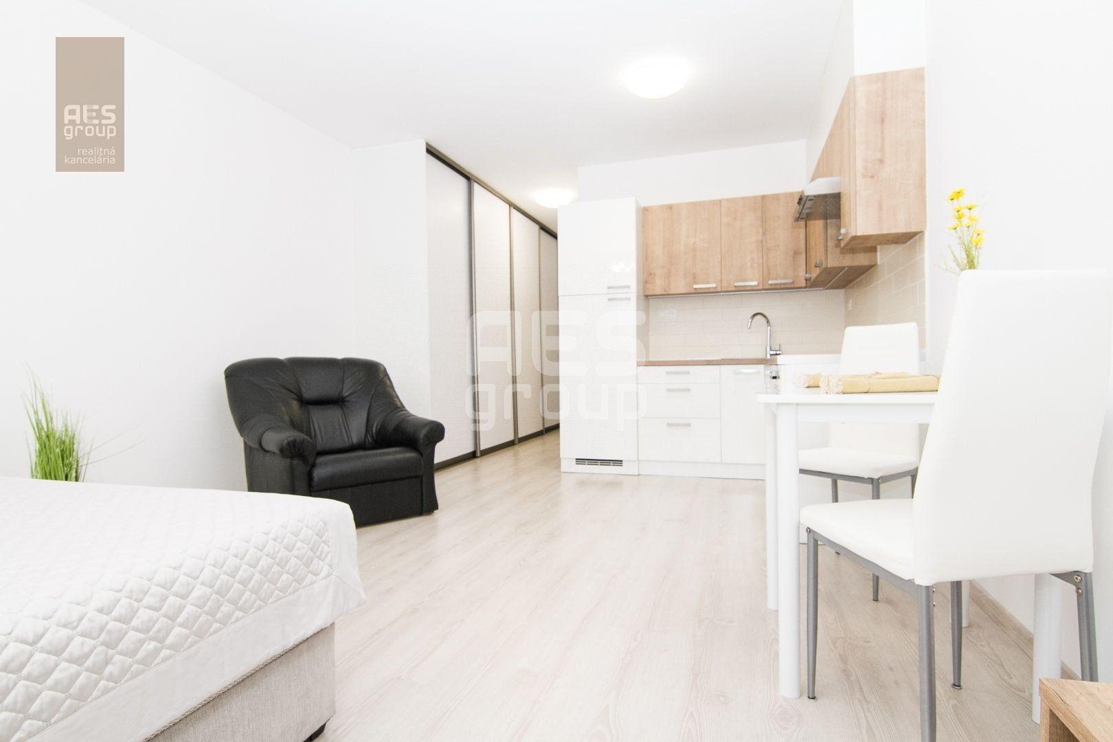 1-izbový byt-Prenájom-Stupava-360.00 €