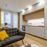4 izbový byt, Bratislava-Dúbravka, 69.50 m², Kompletná rekonštrukcia