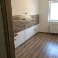 2 izbový byt, Nová Baňa, 69 m², Kompletná rekonštrukcia