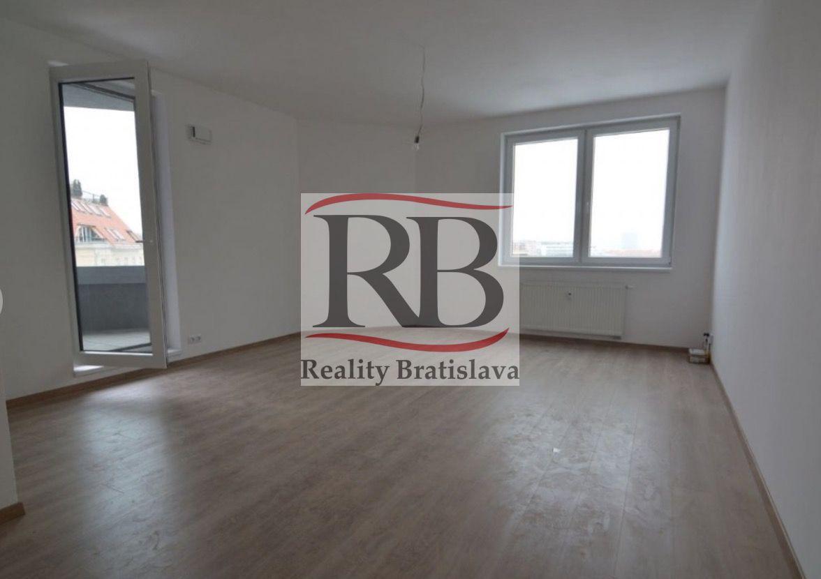 3-izbový byt-Prenájom-Bratislava - mestská časť Staré Mesto-820.00 €