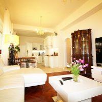 4 izbový byt, Bratislava-Staré Mesto, 89 m², Kompletná rekonštrukcia