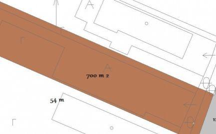 Slnečný stavebný pozemok 700 m2, rovina Banská Bystrica – Cena 89 000 €