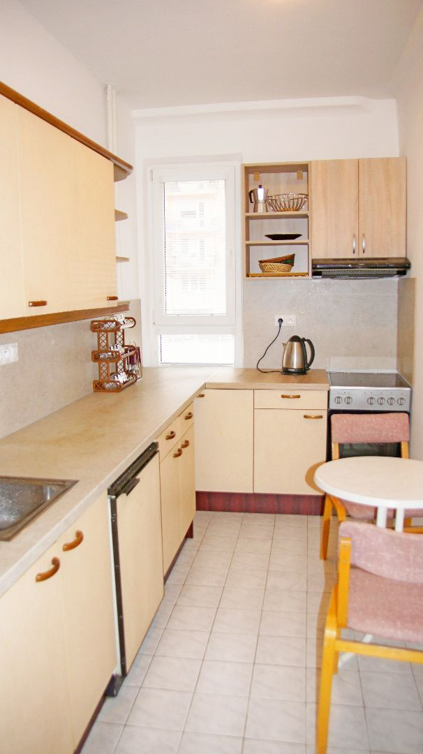 2-izbový byt-Predaj-Bratislava - mestská časť Ružinov-150000.00 €