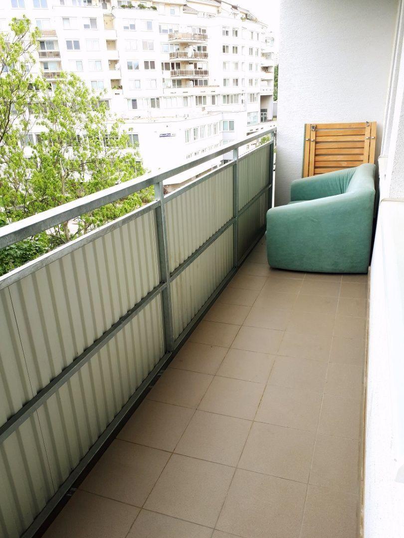 1-izbový byt-Prenájom-Bratislava - mestská časť Karlova Ves-410.00 €