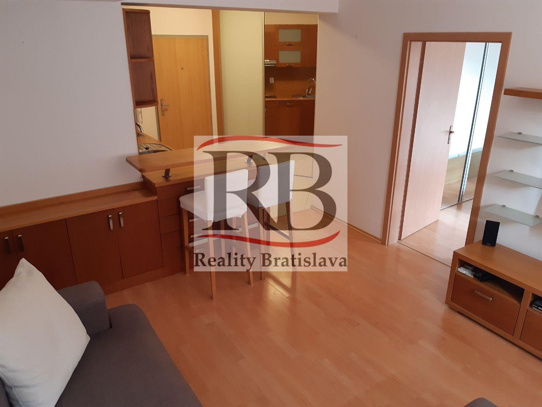 2-izbový byt-Predaj-Bratislava - m. č. Podunajské Biskupice-120900.00 €