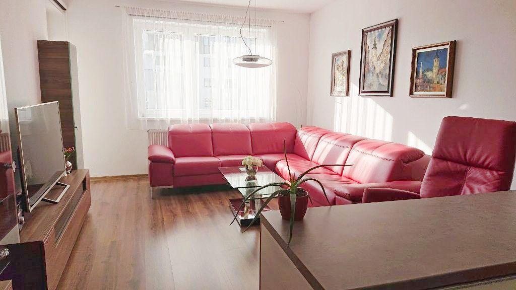 2-izbový byt-Predaj-Bratislava - mestská časť Petržalka-210000.00 €
