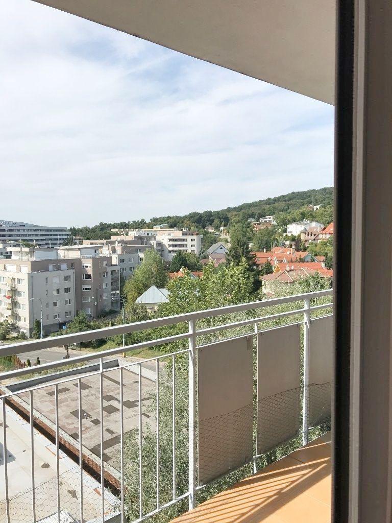 1-izbový byt-Prenájom-Bratislava - mestská časť Nové Mesto-470.00 €