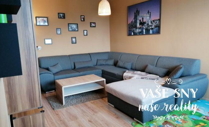 Ponúkame Vám na predaj slnečný 3-izbový byt v tichom prostredí