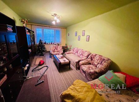 Na predaj 2 i byt 60 m2 Partizánske - 2x balkón