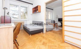 3-izbový zariadený byt v tehlovom zateplenom dome Raketová ulica, Ružinov.