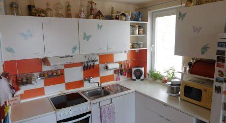 Kuchárek-real: Exkluzívne: 3 izbový byt v Šenkviciach