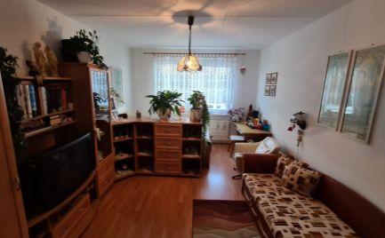 REZERVOVANÉ : EXKLUZÍVNE na predaj  2 izbový byt v Sásovej