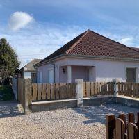 Rodinný dom, Dunajská Streda, 1334 m², Čiastočná rekonštrukcia