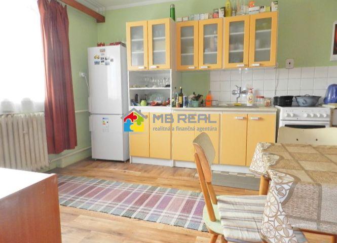 3 izbový byt - Lovča - Fotografia 1