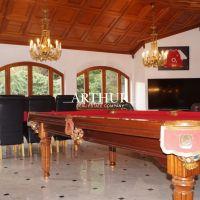 Rodinný dom, Bratislava-Nové Mesto, 594 m², Kompletná rekonštrukcia