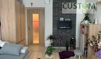 2 izbový tehlový byt vo Varíne